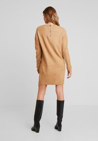 Vero Moda - VMBLAKELY IVA O NECK ZIPPER - Strikket kjole - tobacco brown/melange - 3