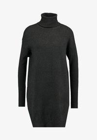 Vero Moda - VMBRILLIANT ROLLNECK DRESS - Jumper dress - peat - 4