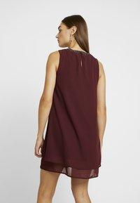 Vero Moda - VMELINA BEAD DRESS - Denní šaty - port royale - 3