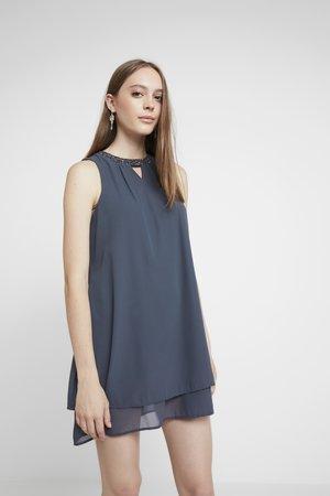 VMELINA BEAD DRESS - Robe d'été - ombre blue