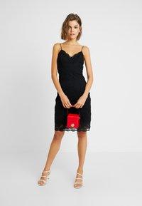Vero Moda - VMFLORENCE SINGLET DRESS - Korte jurk - black - 2