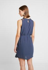 Vero Moda - VMDORTHEA SHORT DRESS - Denní šaty - ombre blue - 3
