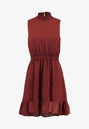 VMDARCY SHORT DRESS - Day dress - madder brown
