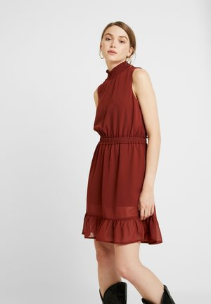 VMDARCY SHORT DRESS - Day dress - madder brown