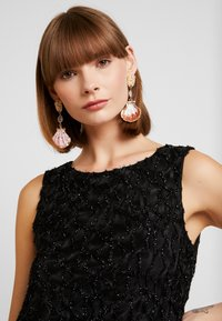 Vero Moda - VMDORIS DRESS  - Shift dress - black - 4