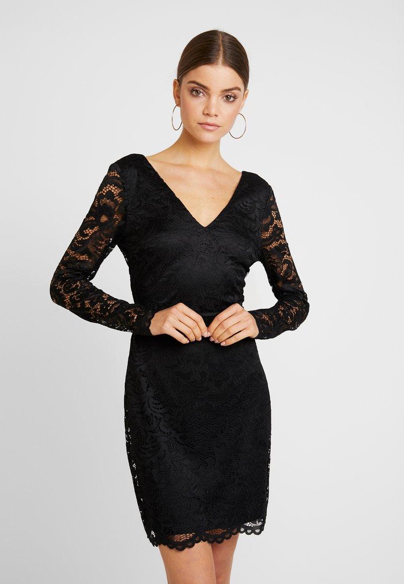 Vero Moda - VMDORA SHORT DRESS - Pouzdrové šaty - black