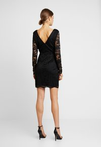 Vero Moda - VMDORA SHORT DRESS - Robe fourreau - black - 3