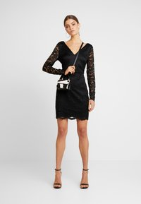Vero Moda - VMDORA SHORT DRESS - Robe fourreau - black - 2