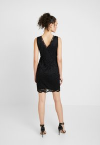 Vero Moda - VMDORA SHORT DRESS - Koktejlové šaty/ šaty na párty - black - 2