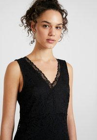 Vero Moda - VMDORA SHORT DRESS - Koktejlové šaty/ šaty na párty - black - 4