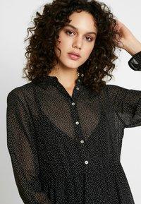 Vero Moda - Denní šaty - black/white - 5
