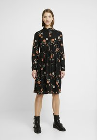 Vero Moda - VMFALLIE - Sukienka letnia - black/fallie - 0
