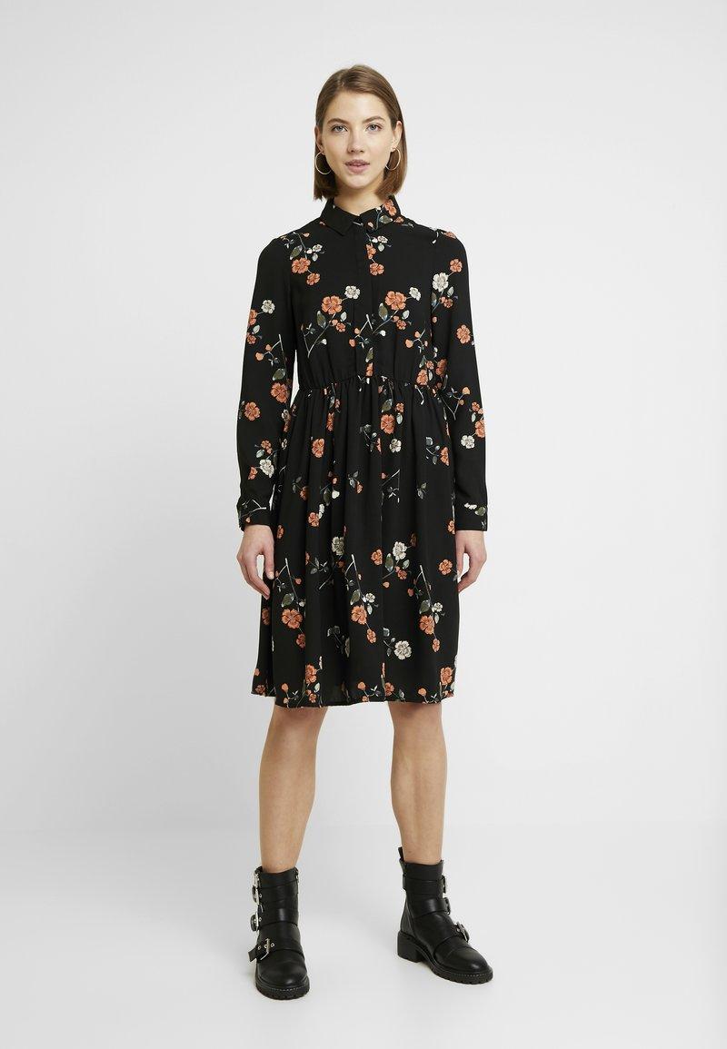 Vero Moda - VMFALLIE - Sukienka letnia - black/fallie