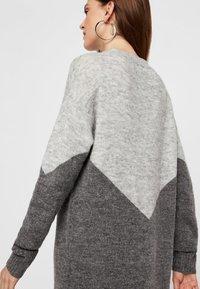 Vero Moda - Jumper dress - medium grey - 4