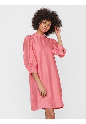 VMANASTACIA DRESS - Vestito estivo - light pink