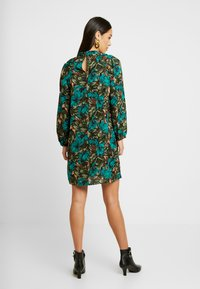 Vero Moda - VMLIANA  DRESS - Sukienka letnia - black/green - 3