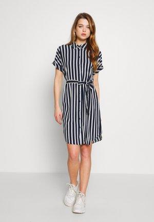 VMSASHA - Shirt dress - navy blazer/coco