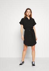 Vero Moda - Skjortekjole - black - 1