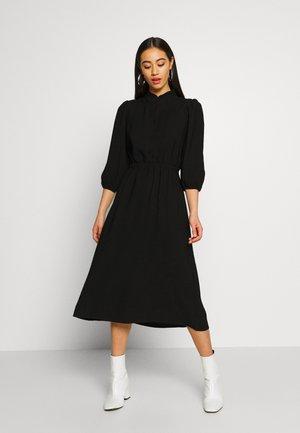 VMKIND 3/4 CALF DRESS - Skjortekjole - black