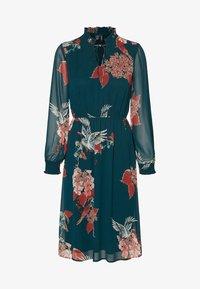 Vero Moda - Robe d'été - evergreen - 4