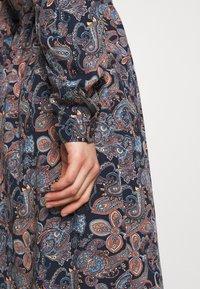 Vero Moda - VMSIMPLY EASY LONG DRESS - Shirt dress - night sky - 6