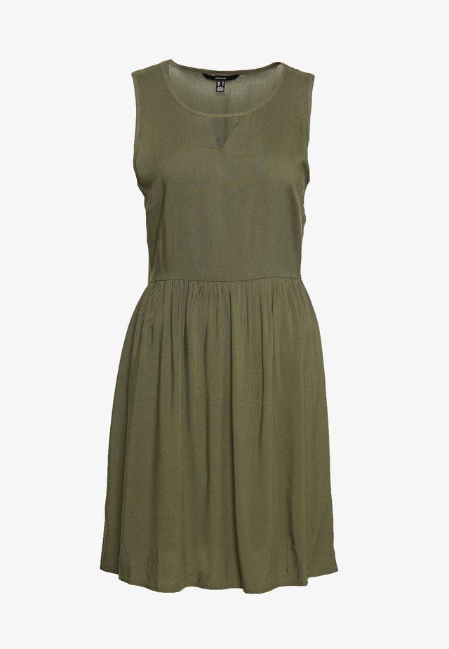 VMSIMPLY EASY SHORT DRESS - Vestido informal - ivy green