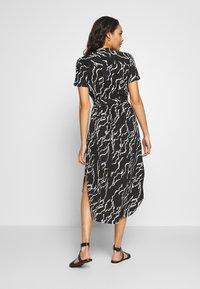Vero Moda - VMRICA DRESS - Skjortklänning - black/rica - 2