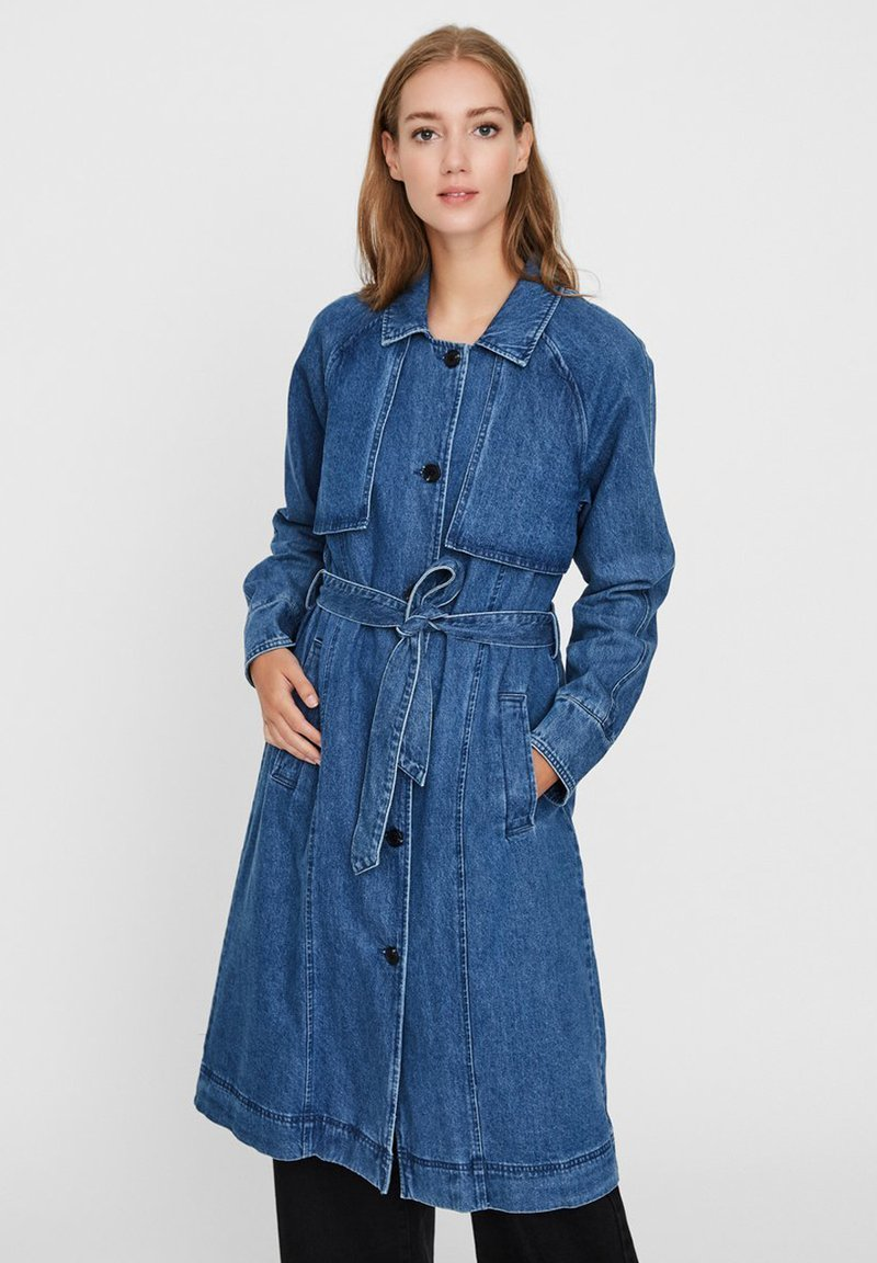 Vero Moda - Trenchcoat - medium blue denim