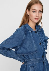 Vero Moda - Trenchcoat - medium blue denim - 3