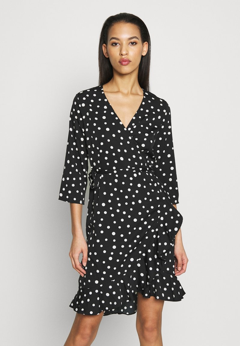 Vero Moda - VMHENNA WRAP DRESS - Vapaa-ajan mekko - black/white
