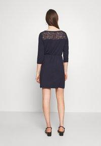 Vero Moda - VMJASMIN SHORT DRESS - Jersey dress - night sky - 2