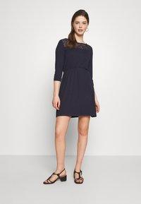 Vero Moda - VMJASMIN SHORT DRESS - Jersey dress - night sky - 1