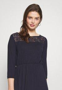 Vero Moda - VMJASMIN SHORT DRESS - Jersey dress - night sky - 5