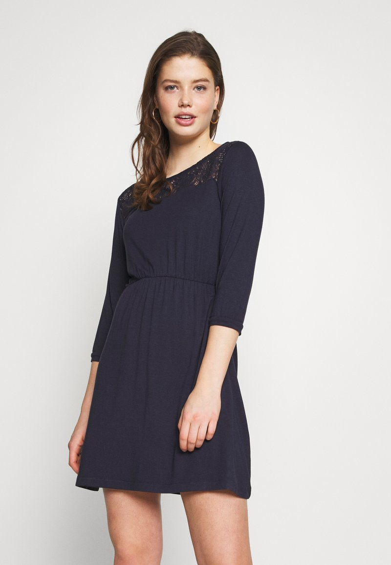 Vero Moda - VMJASMIN SHORT DRESS - Jersey dress - night sky