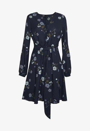 VMFALLIE TIE DRESS - Freizeitkleid - navy blazer