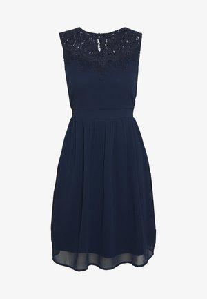 VMYASMIN SHORT DRESS - Koktejlové šaty/ šaty na párty - navy blazer