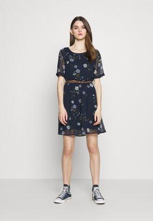 VMFALLIE BELT DRESS - Day dress - navy blazer
