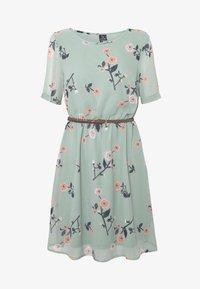 Vero Moda - VMFALLIE BELT DRESS - Kjole - green milieu - 3