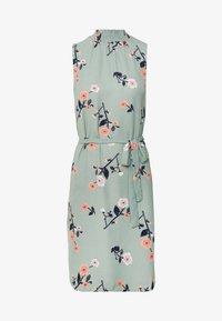 Vero Moda - VMFALLIE DRESS - Denní šaty - green milieu/fallie - 3