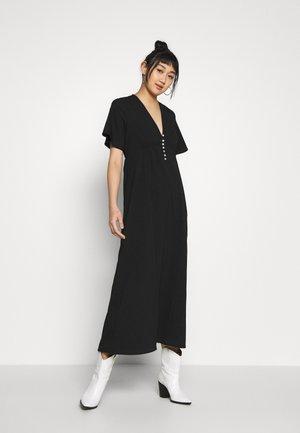 VMKLEO DRESS - Maxi-jurk - black