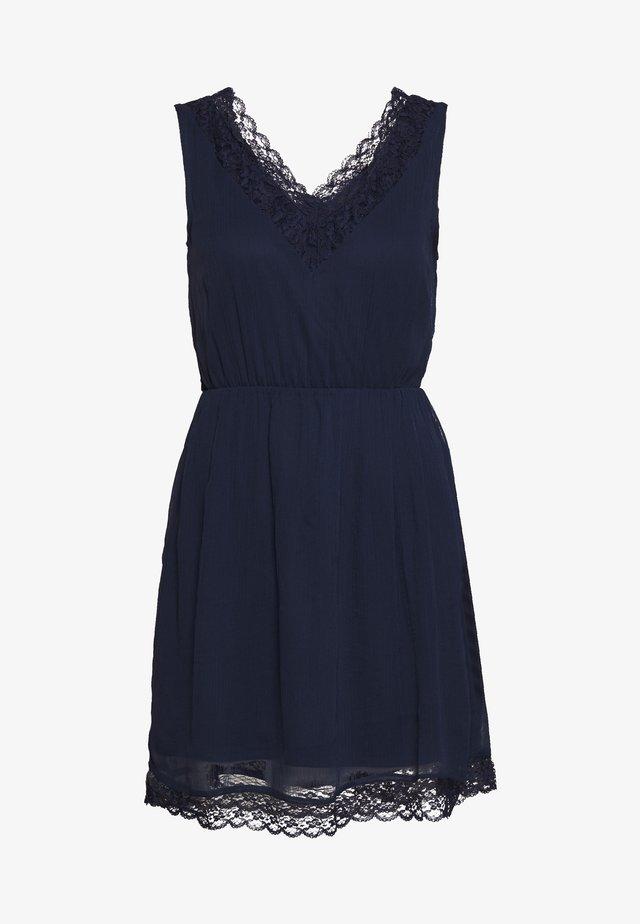 VMPERNILLA SHORT DRESS - Korte jurk - navy blazer
