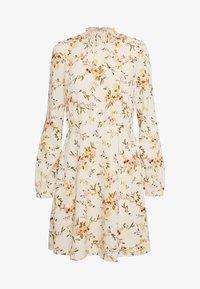 Vero Moda - VMKISSEY SHORT DRESS - Kjole - birch/kissey - 4