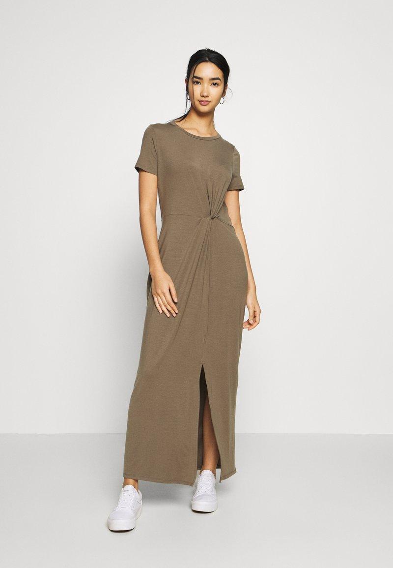 Vero Moda - VMAVA LULU ANCLE DRESS - Maxi-jurk - bungee
