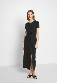 Vero Moda - VMAVA LULU ANCLE DRESS - Maxi dress - black - 0
