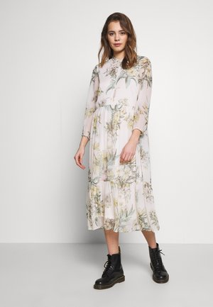 VMWONDA CALF DRESS - Skjortekjole - birch