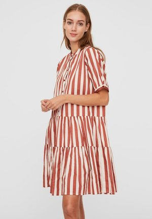 VMDELTA DRESS - Shirt dress - marsala