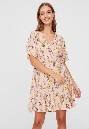 KLEID BLUMENPRINT - Korte jurk - chintz rose