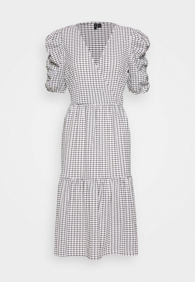 VMSIE DRESS PUFF - Day dress - black/white