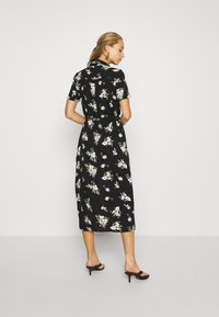 Vero Moda - VMSIMPLY EASY LONG SHIRT DRESS - Abito a camicia - black - 2