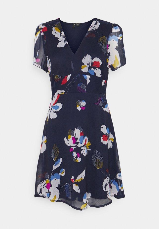 VMFRIDA V NECK DRESS - Robe d'été - eclipse/frida